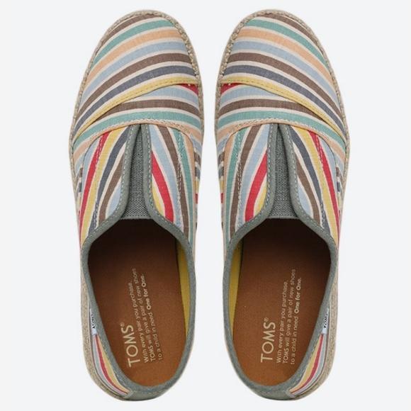 0655af81423 Toms Palmera Multi Beach strip Slip-Ons Flat Shoes